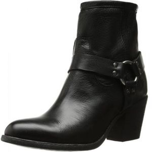 Frye Tabitha Short Black Leather Bootie